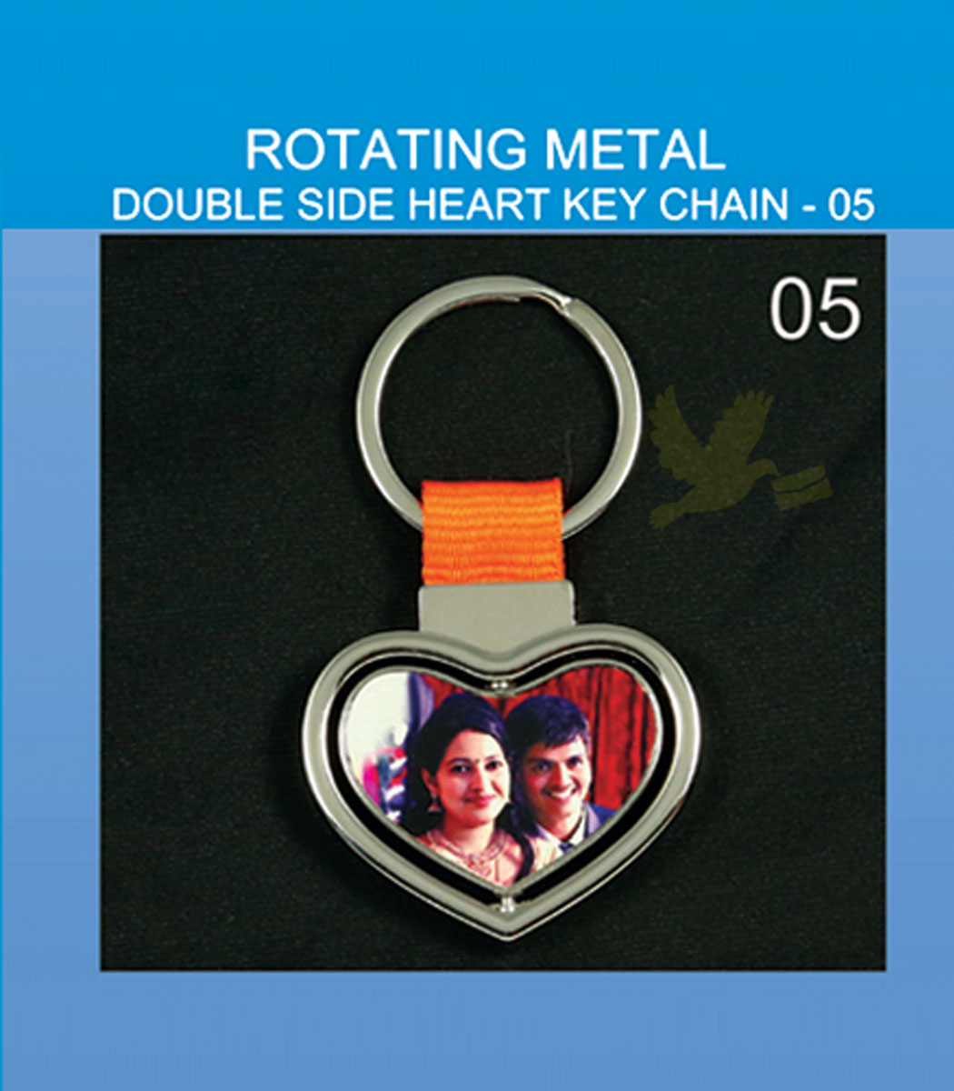 Rotating Metal Double side heart keychains